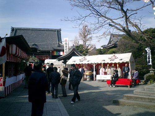 02) 鎌倉市小町「本覚寺」_10:50頃