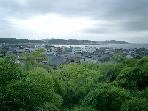 12)鎌倉市長谷「長谷寺」茶屋の室内からビール呑みながら自宅方向を撮っ