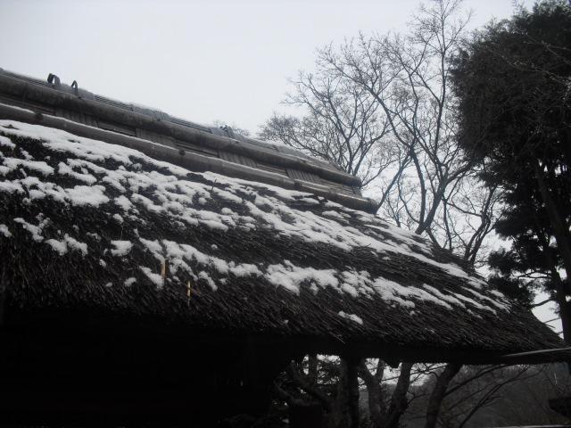 04) 雪の日、鎌倉「東慶寺」梅の頃。11.02.12
