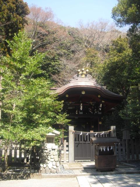 16) ' 白旗神社 '