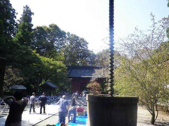 09) 祖師堂から見た、' 二天門 '
