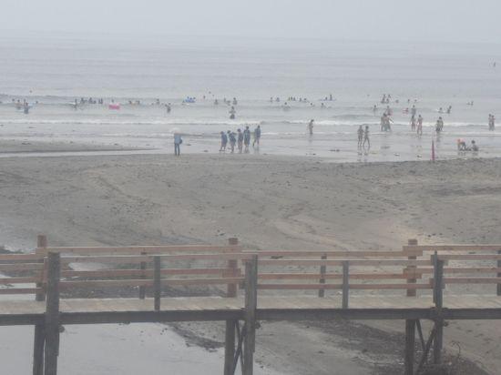 02) 夏の風物詩と言いたい仮設橋 _ 由比ガ浜海岸