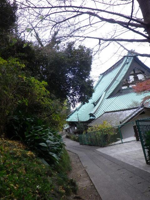 1-15) 光明寺裏から「大殿」、伝・東海道古道を進行中。 _ 7:55am頃