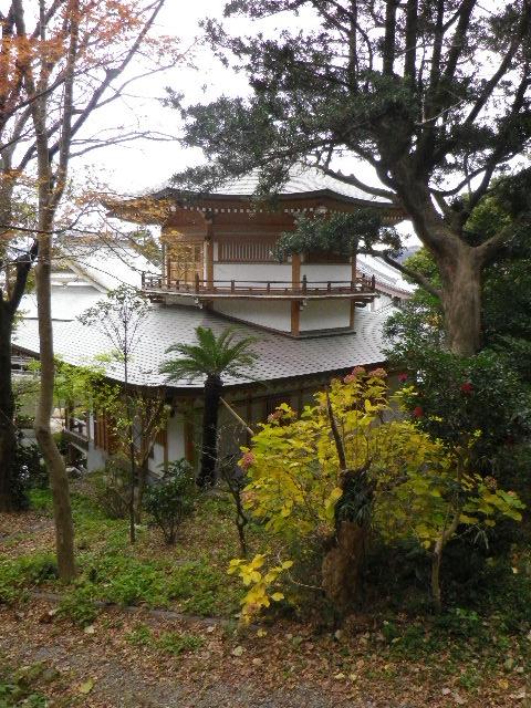 1-14) 光明寺裏から「大聖閣」、伝・東海道古道を進行中。 _ 7:53am頃