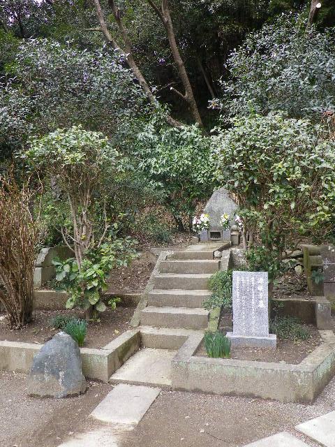 08) ' 竹御前 ' 墓所