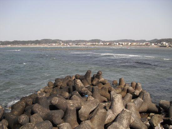 05) 由比ガ浜海岸~材木座海岸_逗子マリーナから