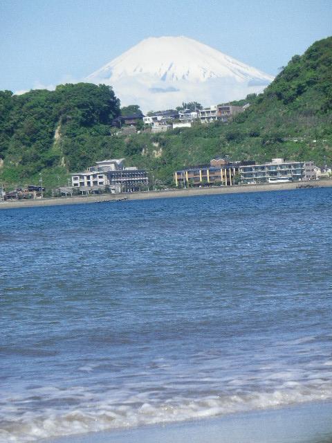 05) 12.05.23富士山が、くっきり見えた。 _ 鎌倉市材木座