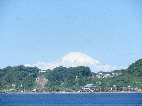 02) 12.05.23富士山が、くっきり見えた。 _ 鎌倉市材木座