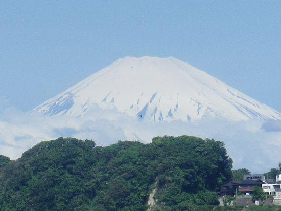 03) 12.05.23富士山が、くっきり見えた。 _ 鎌倉市材木座