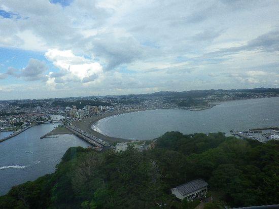 """14-01) 「江ノ島 展望灯台」 """" シーキャンドル """" _ 二層階の、下側展望室内からの眺望。 _ 11:33am頃~"""