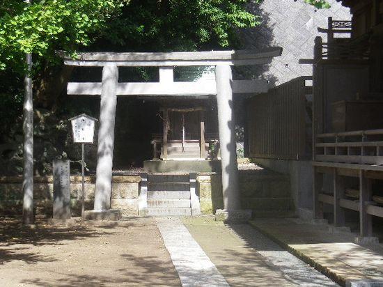 09-06) 本殿左隣りの「海神社(わたつみじんじゃ)」。
