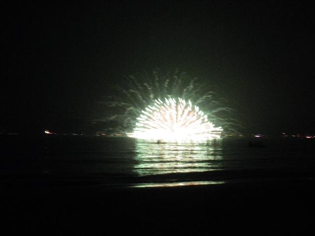 20:05:48pm _ 2013「 第65回鎌倉花火大会 」