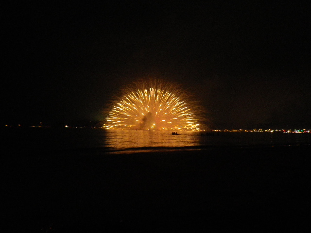 20:06:32pm _ 2013「 第65回鎌倉花火大会 」