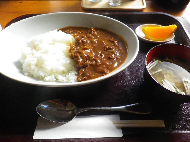 「ランチ」¥550ハヤシライス。ドリンク付き。 _ 「かまくら ふれんず」 鎌倉市御成町