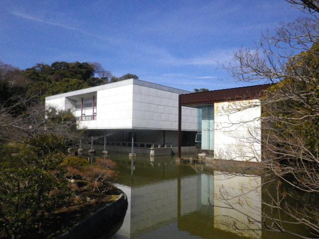 06-2-01) 神奈川県立近代美術館