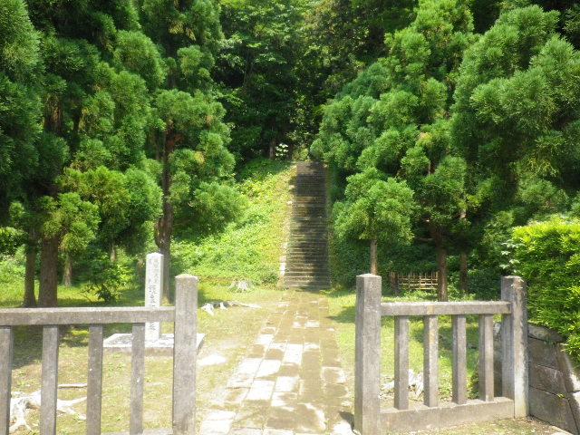 01-1) 後醍醐天皇皇子 「護良親王墓」(もりよししんのう墓/もりながしんのう墓)