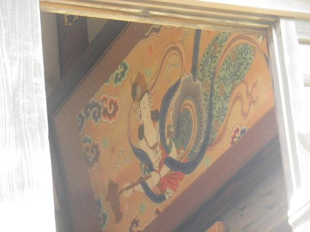 38-2)  15.09.19 鎌倉「宝戒寺」萩をかき分けて境内を歩く季節