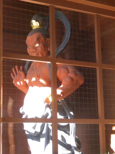 01-2)16.11.25 鎌倉「高徳院」アソコから覗いた