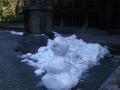 02-4) 祖師堂前の雪だるま    18.0129 鎌倉「妙本寺」、時期尚早で再訪要すテキトーに撮った梅の開花偵察。