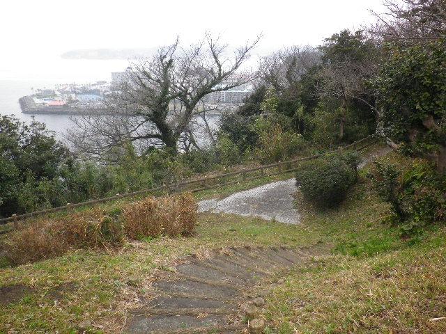 07)  _ 16.03.06 曇りのち雨の逗子「大崎公園」