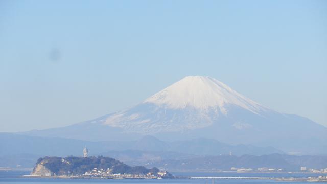 05-1)    元旦の富士山。元日の富士山撮ったのはココが最初なんだけど、歩を進めた各所で ' マンネリワンパターン ' 炸裂!した。さすがに自分自身が編集に飽きて、時系列無視/コース