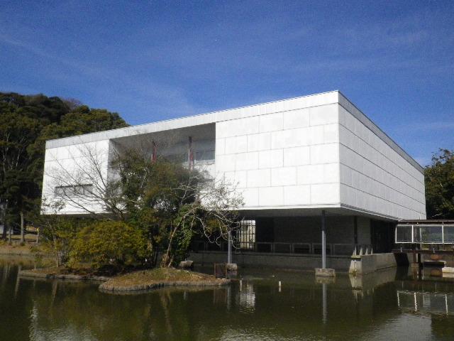 06-2-02) 神奈川県立近代美術館