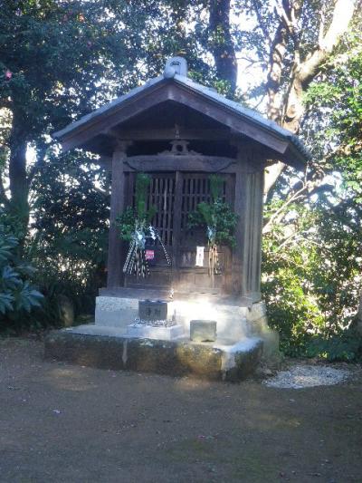 02)    観音堂 17.01.01 逗子「披露山神社」 初詣