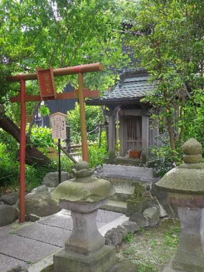 13-2) ' 稲荷社 '     17.05.25 鎌倉「御霊神社」を参拝した
