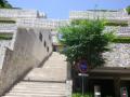 17.06.15 駅が近くて便利だナっと、買えもしない高級集合住宅をテキトー撮った。_ 鎌倉市佐助