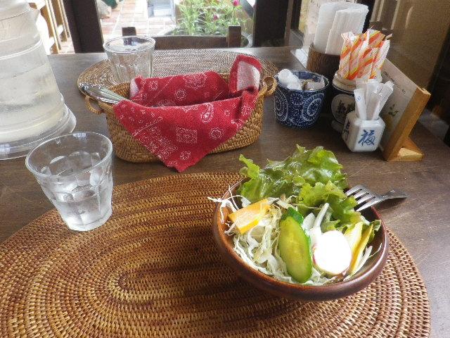 00-1)    17.09.19 カレー食った _ 鎌倉「COPEPE」