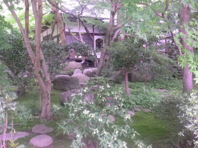 04-1)    18.06.14 鎌倉「覚園寺」参拝