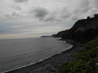A02-3RB) 国道135の「真鶴パーキングエリア」 からの海岸(ほぼA02-3RAと同じ/4)