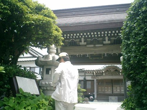 18) 義経腰越状の「満福寺」参拝、Y.K.氏