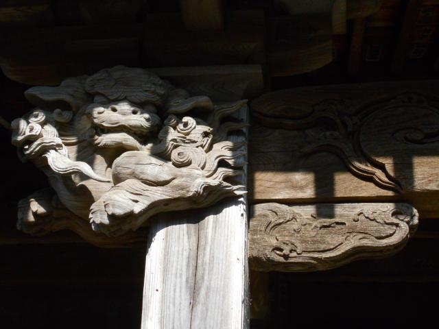 06-3) 拝殿に向かって左上方の木鼻彫刻 _ 21.02.23D 鎌倉「極楽寺」梅の開花が見頃の頃  鎌倉市極楽寺