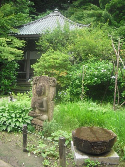 13) 「安国論寺」 _ 鎌倉市大町。